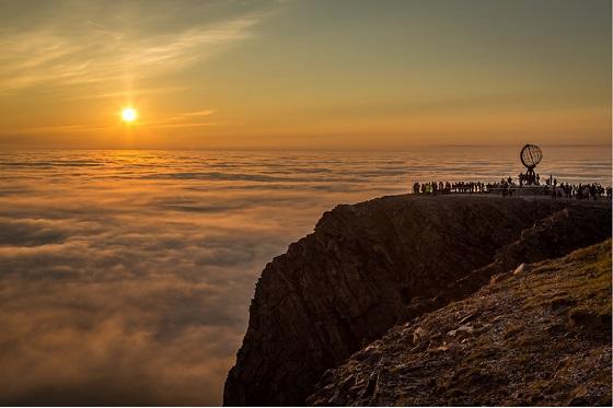 Norway_Midnight Sun2_560X373